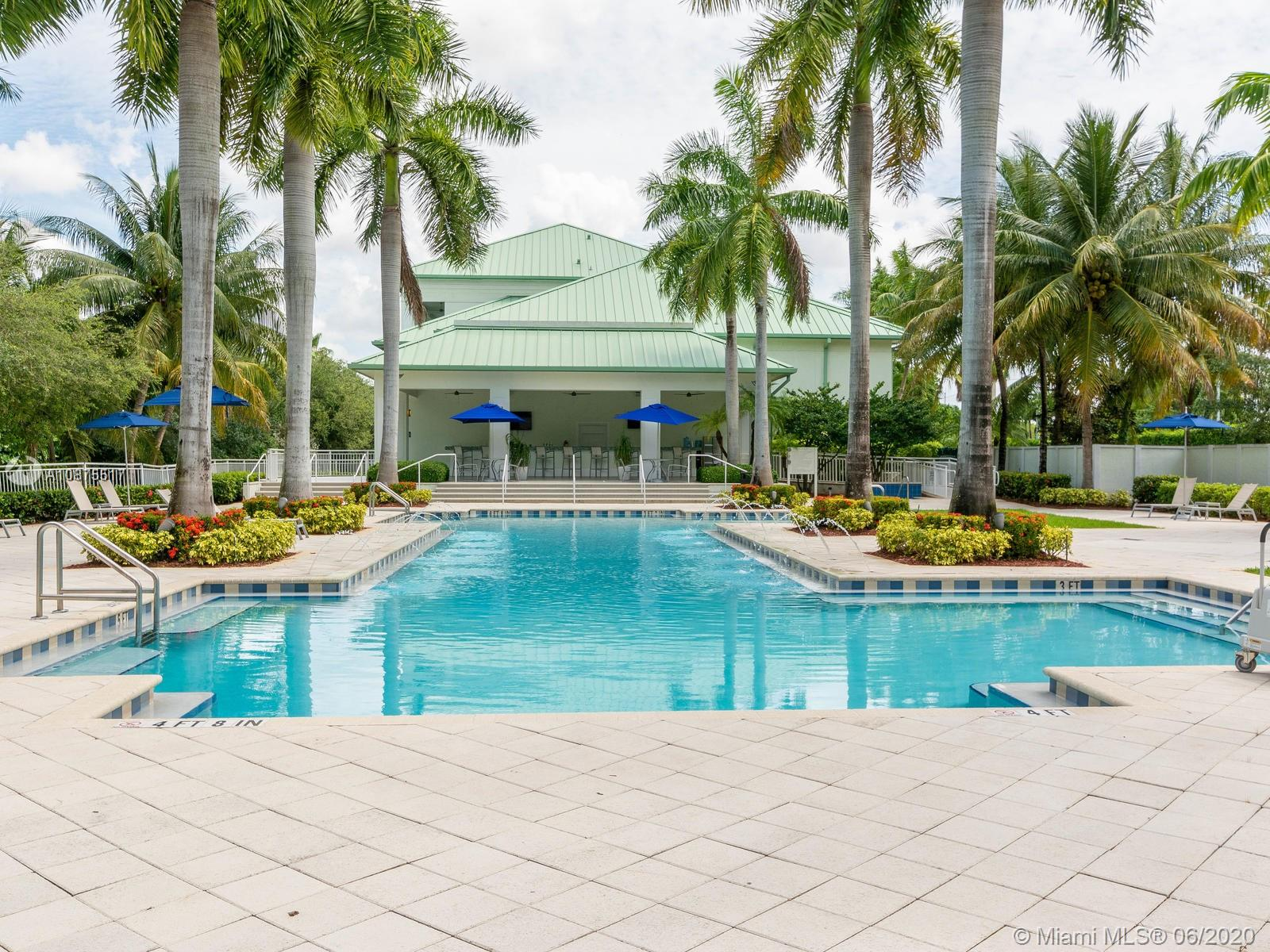 5300 NW 87th Ave #913 For Sale A10875517, FL