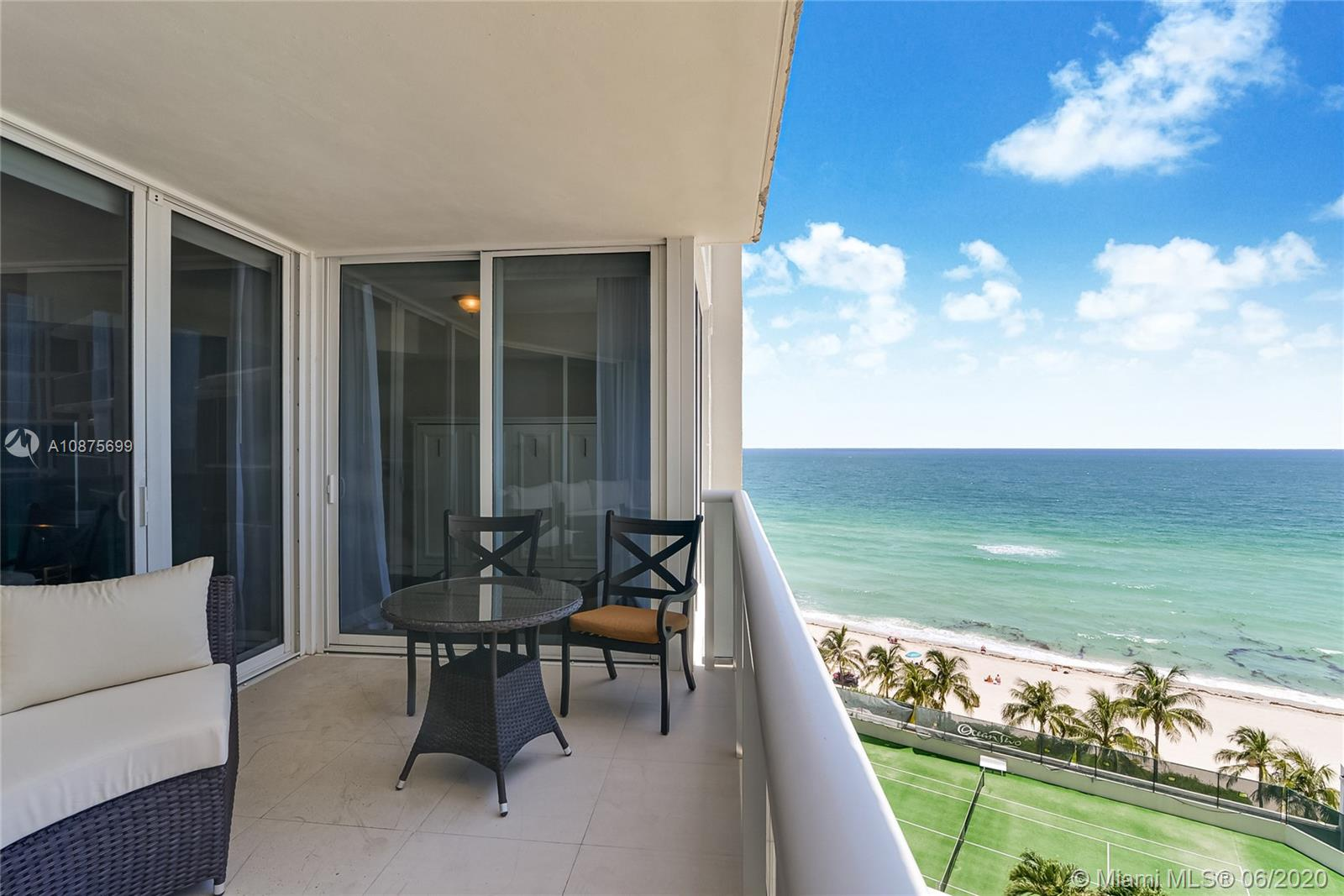19111  Collins Ave #802 For Sale A10875699, FL