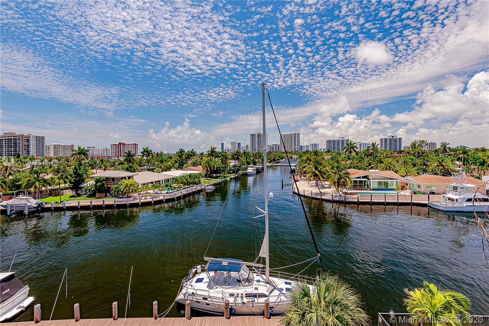 301  Golden Isles Dr #505 For Sale A10875546, FL