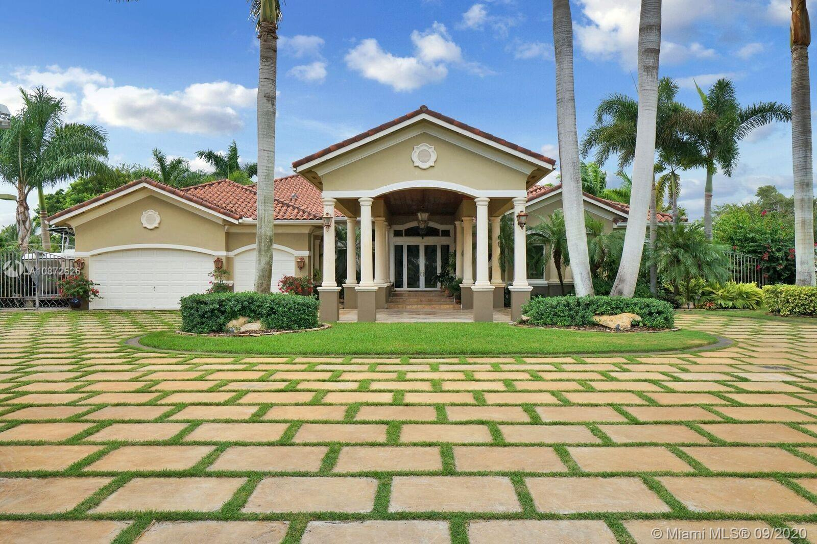 7660 SW 83 Ct  For Sale A10872526, FL