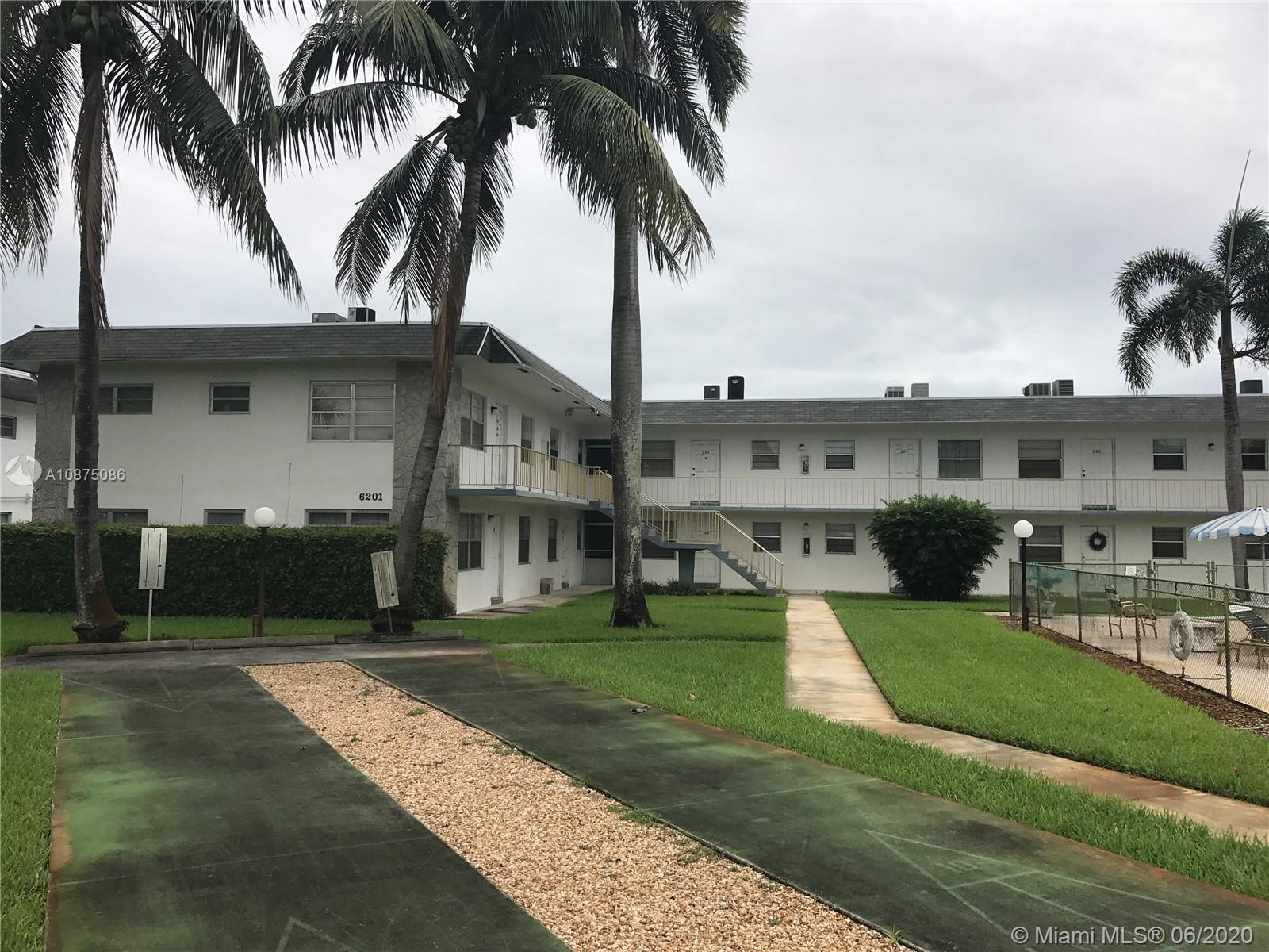 6201 SW 37th St #202 For Sale A10875086, FL