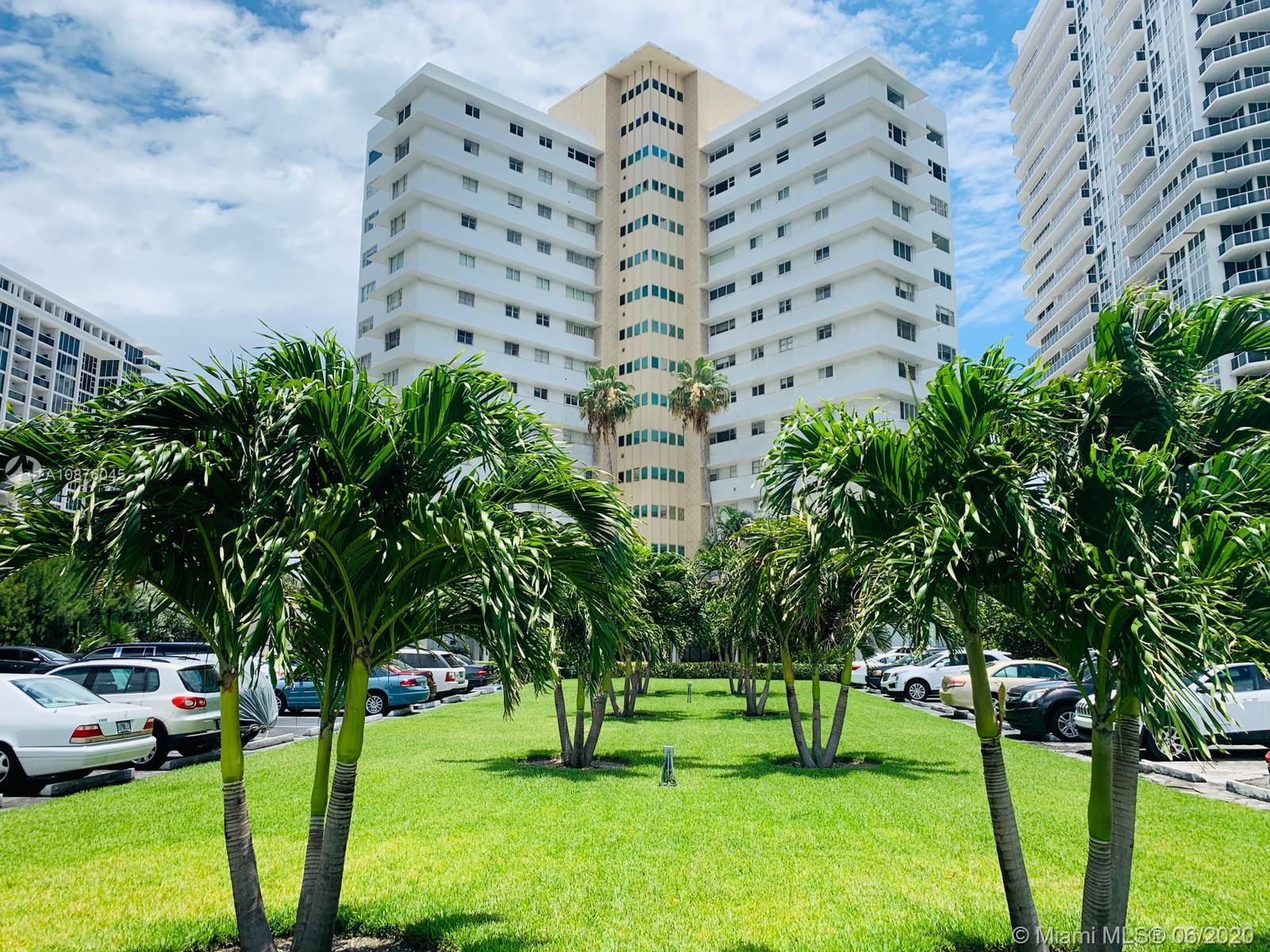 10245  Collins Ave   15A-1