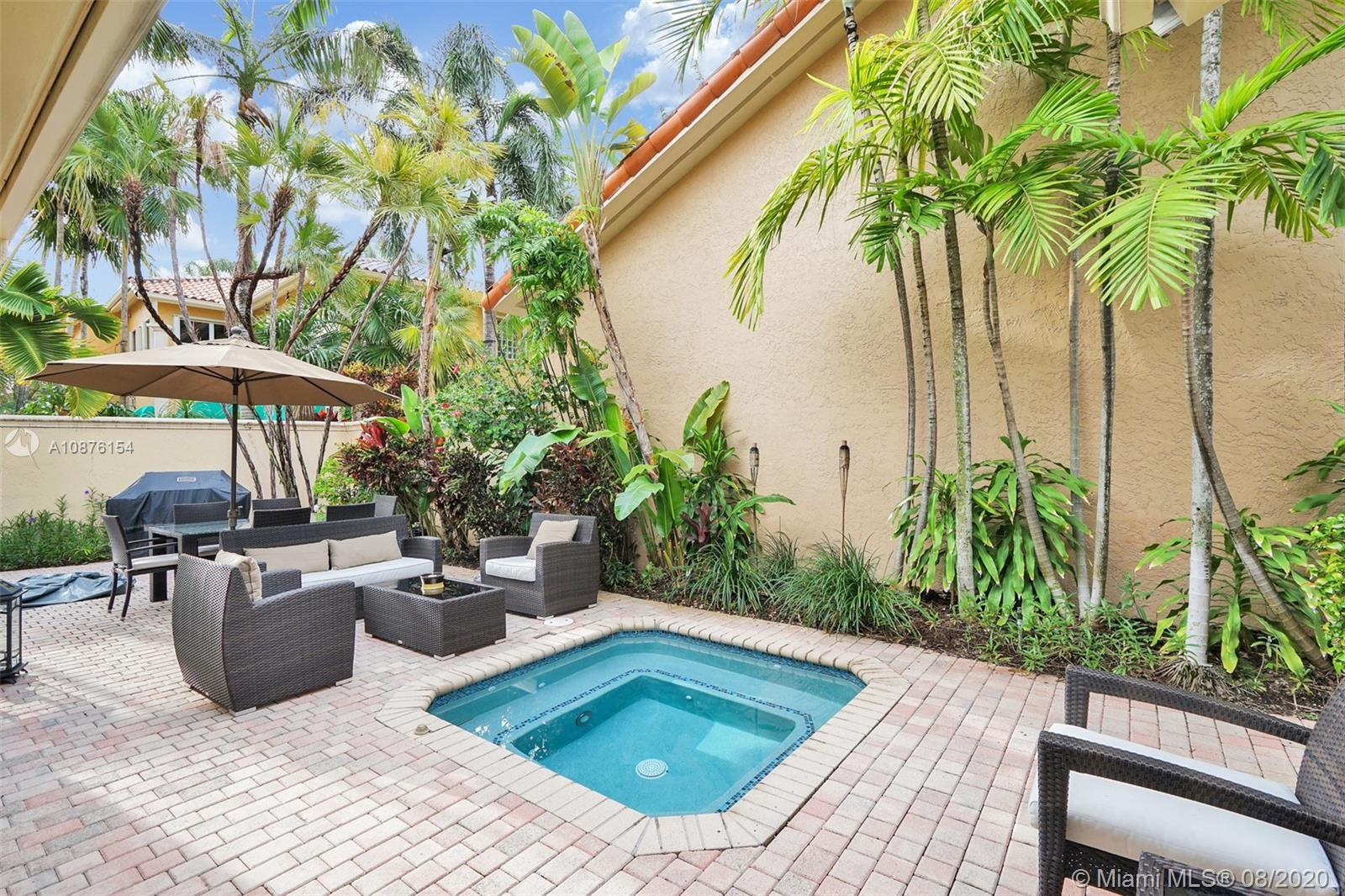 1529  Shoreline Way  For Sale A10876154, FL
