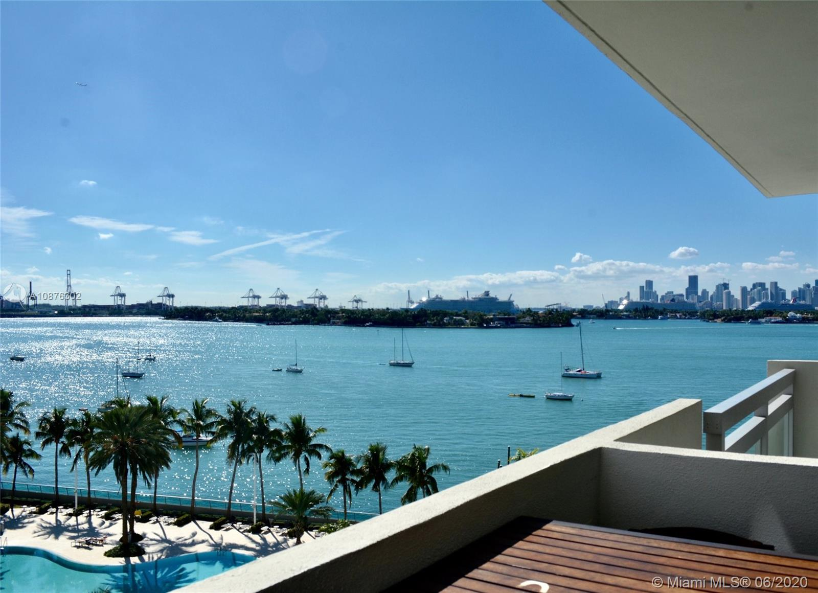 1500  Bay Rd #826S For Sale A10876302, FL