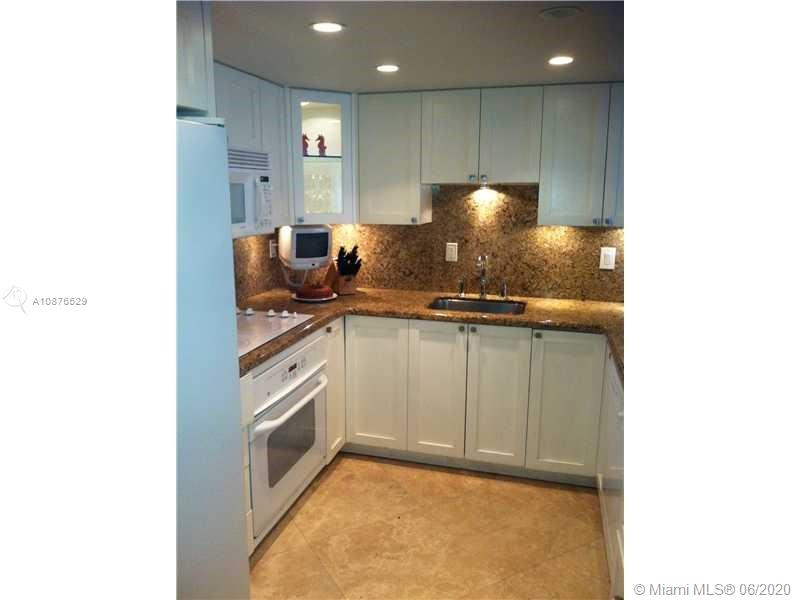 350  Grapetree Dr #403 For Sale A10876529, FL