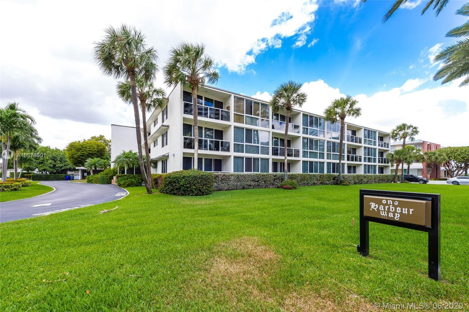 1  Harbour Way #208 For Sale A10876501, FL