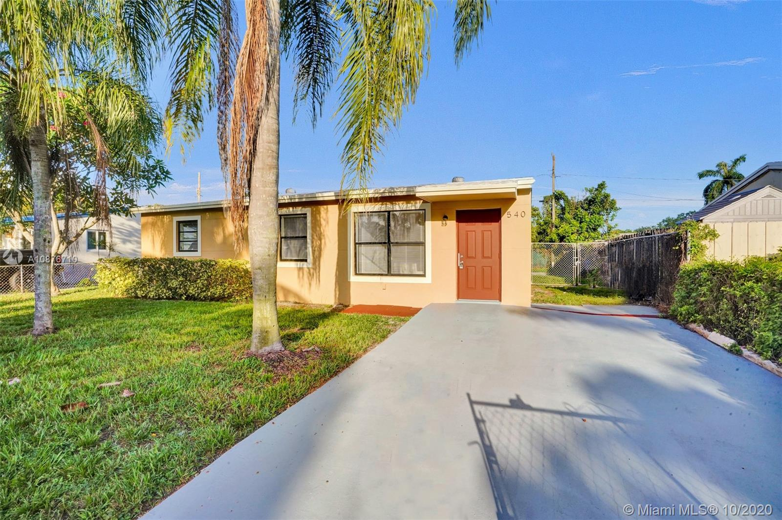 540 N 68th Ter  For Sale A10876710, FL