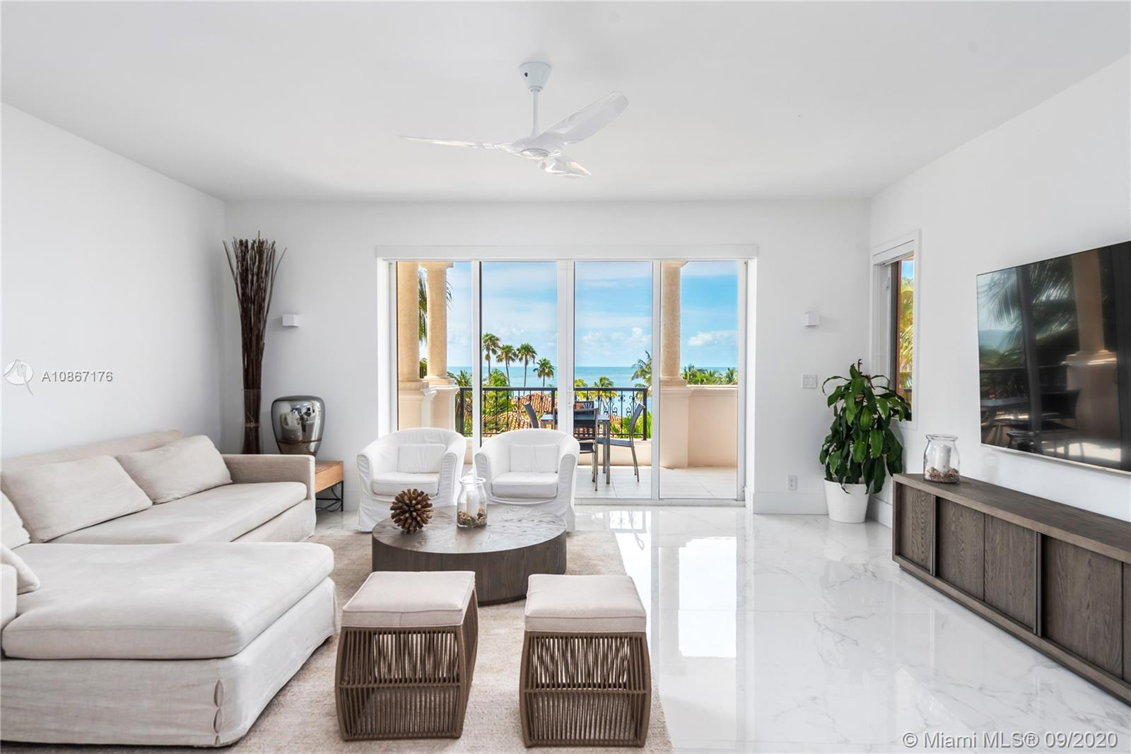 19143  Fisher Island Dr #19143 For Sale A10867176, FL