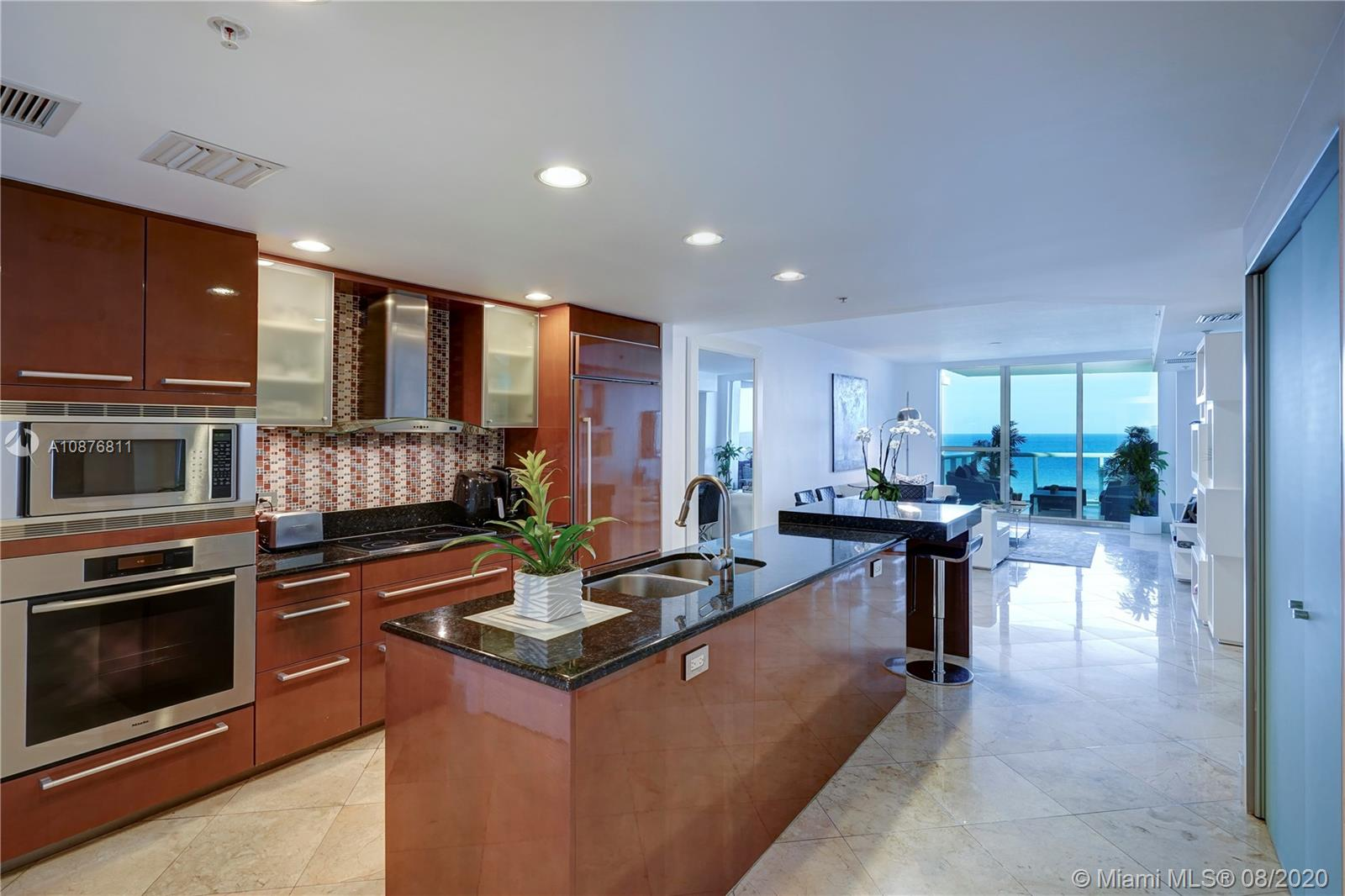 3801  Collins Ave #802 For Sale A10876811, FL