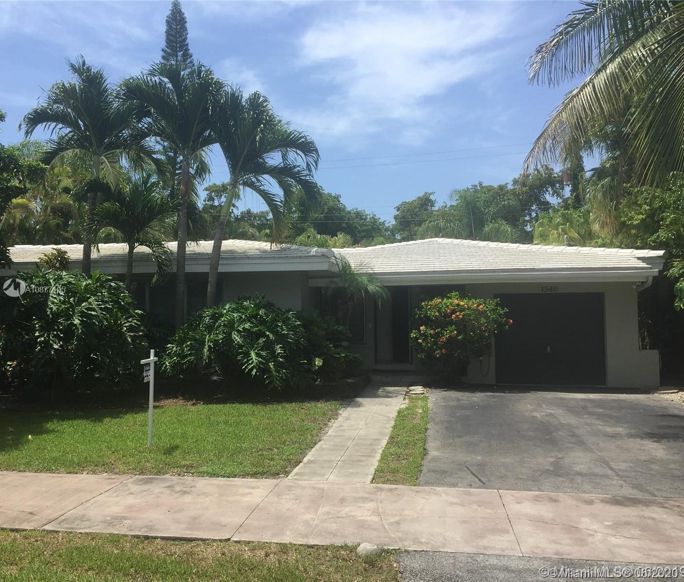 1540  Miller Rd  For Sale A10877105, FL