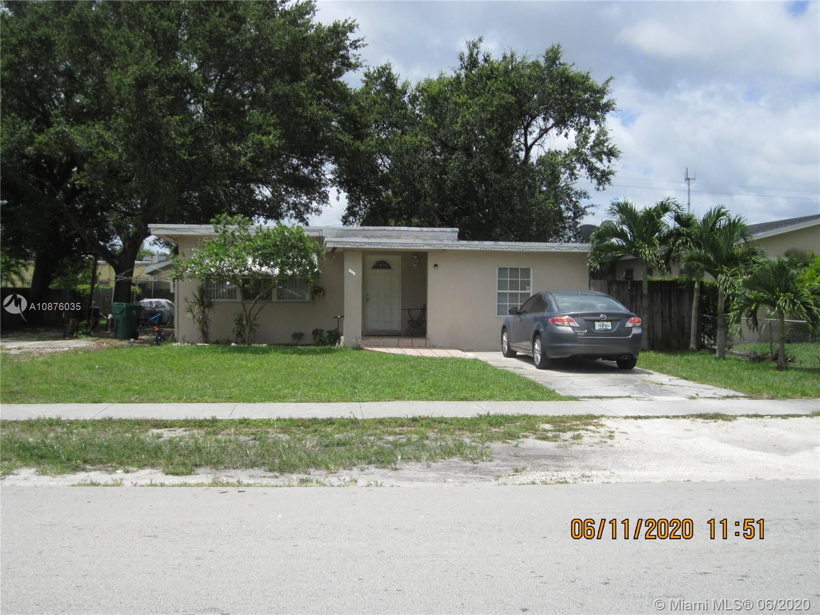 6320 SW 27th St  For Sale A10876035, FL