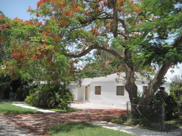5855 SW 62nd St  For Sale A10867377, FL