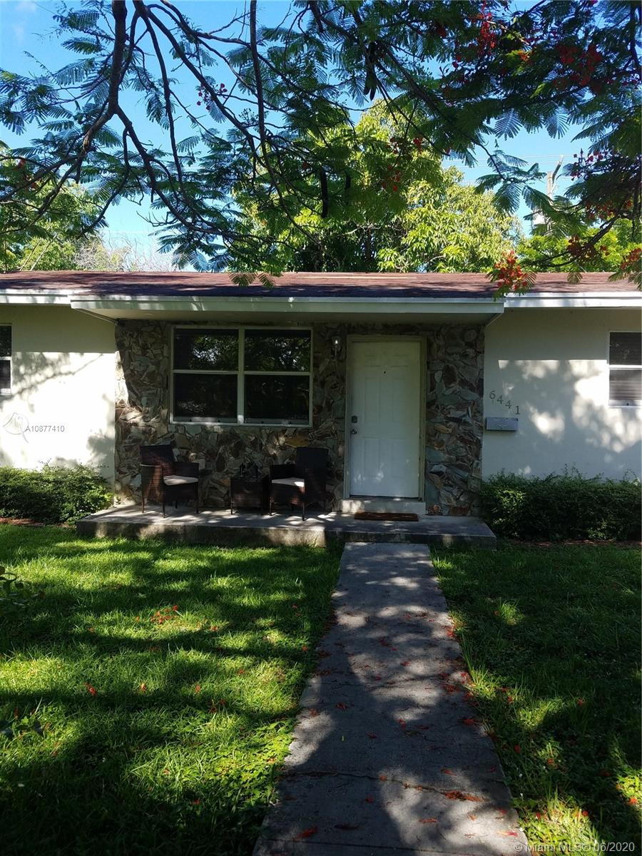Three bedroom two bath single family home located close to S. Miami hospital, metro rail and University of MIami. 