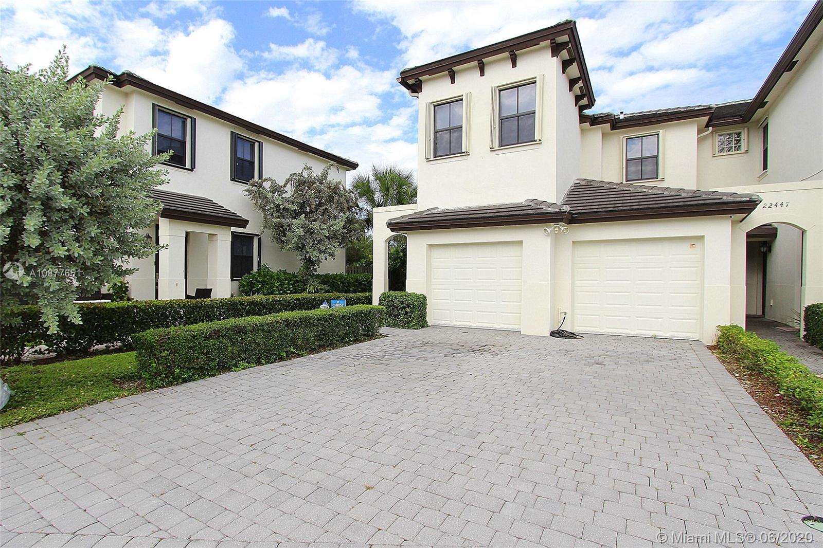 22445 SW 102nd Ave #22445 For Sale A10877651, FL