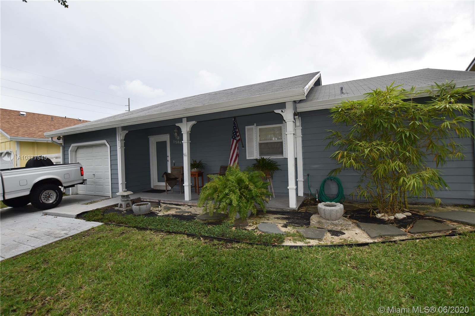 15042 SW 143rd Pl  For Sale A10877545, FL