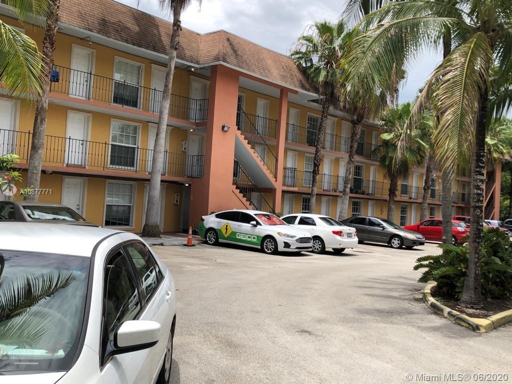 Beautiful First Floor Corner condo in one of Miami's most desirable neighborhoods. A big 2 bedroom 1 full bath  in the heart of Coconut Grove. Two blocks away from the Grove,  parks and the business-entertainment district. Marble kitchen and bath. Laminate floors and tile in the bathroom. Good closets. Gated complex with 1 assigned parking.  Community pool. Laundry room.  ...EASY TO SHOW...