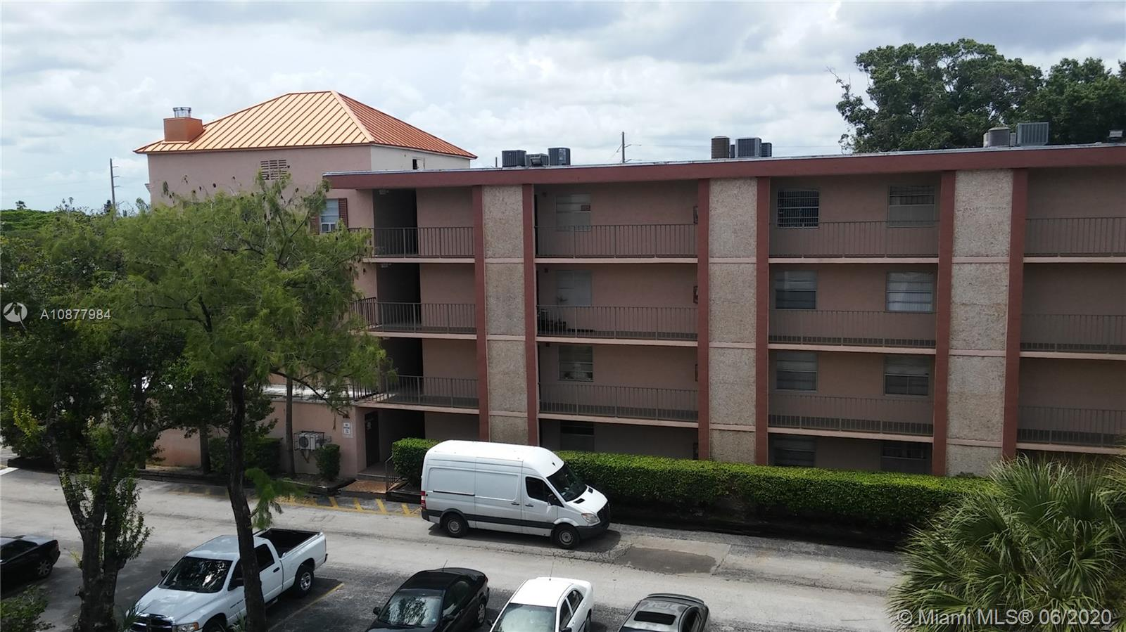 Upgrated 2 bedrooms 2 bathrooms condo fully equipped with everything for comfort leaving, exept your own toothbrash.  55 + community in process of 40 years full upgrating with new roofs, elevators, building painting and other upgrades. After completion Association start next term full reserve. Full time manager on site. Community secured with more than 70 recording 24/7 cameras connected to Police Station. Common area includes heated pool, jacuzzi, barbeque area with gazebo, separated men and women hot saunas and bathrooms, beautiful park , club house with auditorium, lobby, kitchen, billiard room, new last generation washers and driers on each floor. The area around has high developed business and public unfrastracture.
