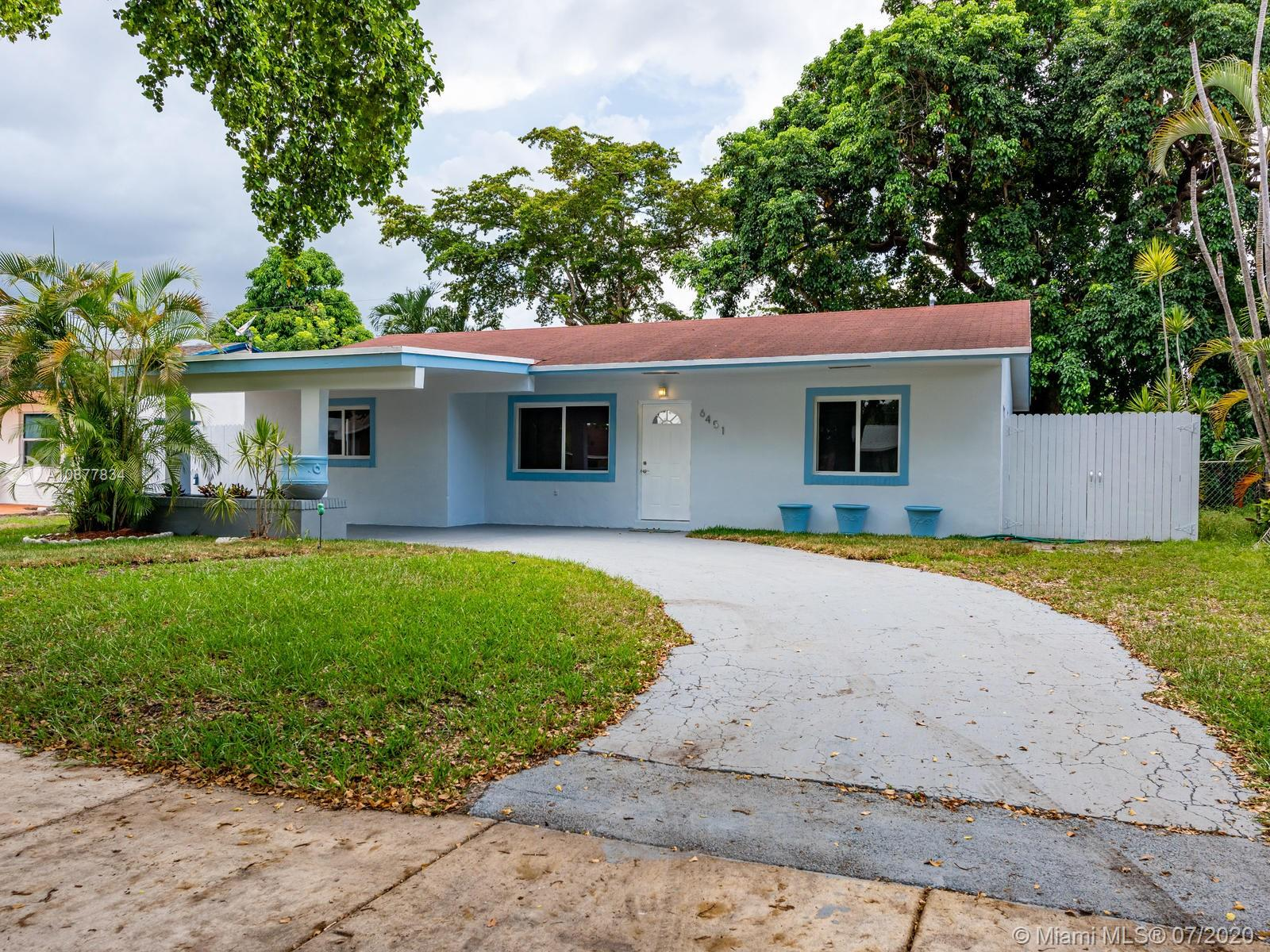 6451  Pershing St  For Sale A10877834, FL