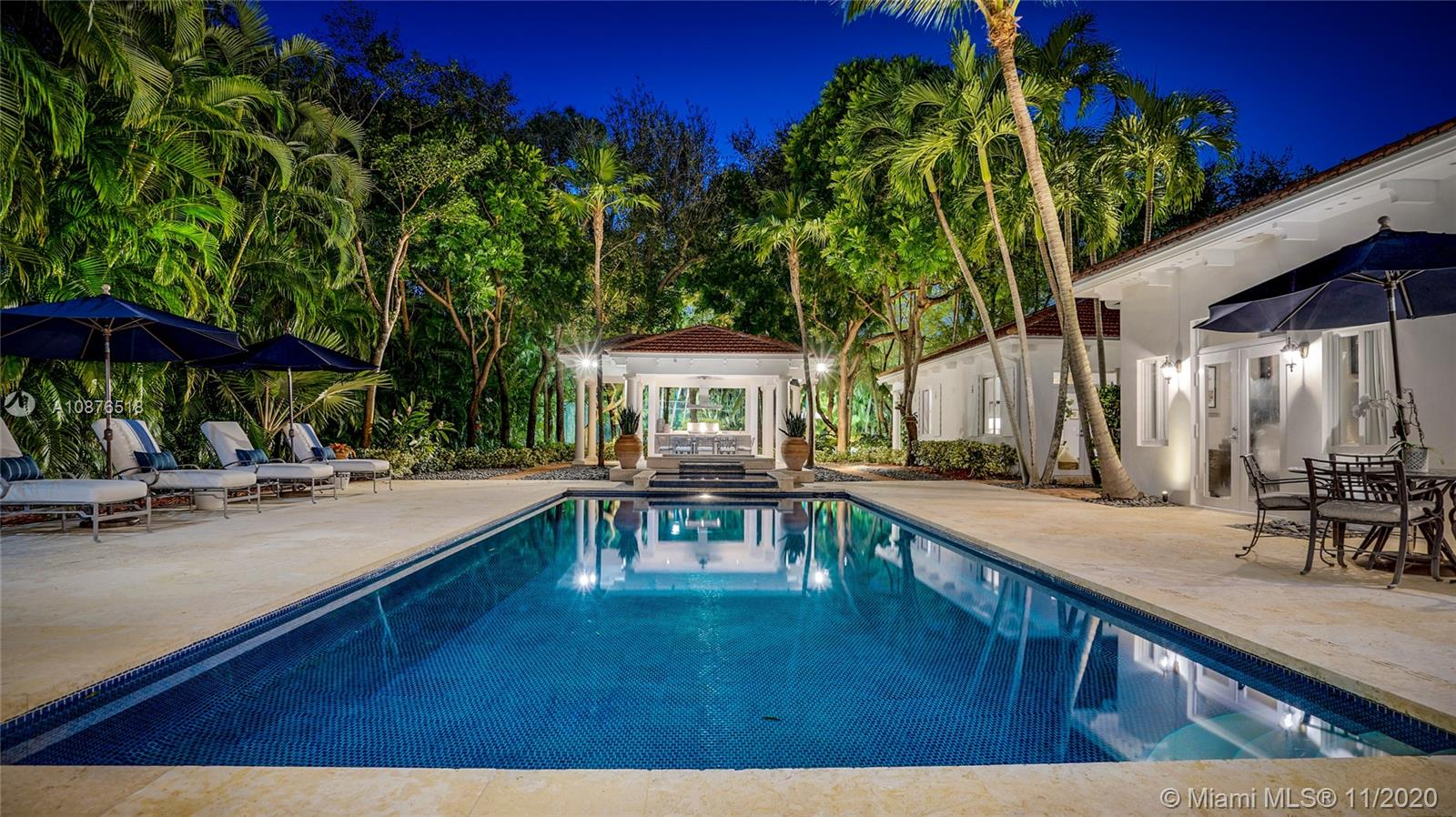 8300 SW 53rd Ave  For Sale A10876518, FL