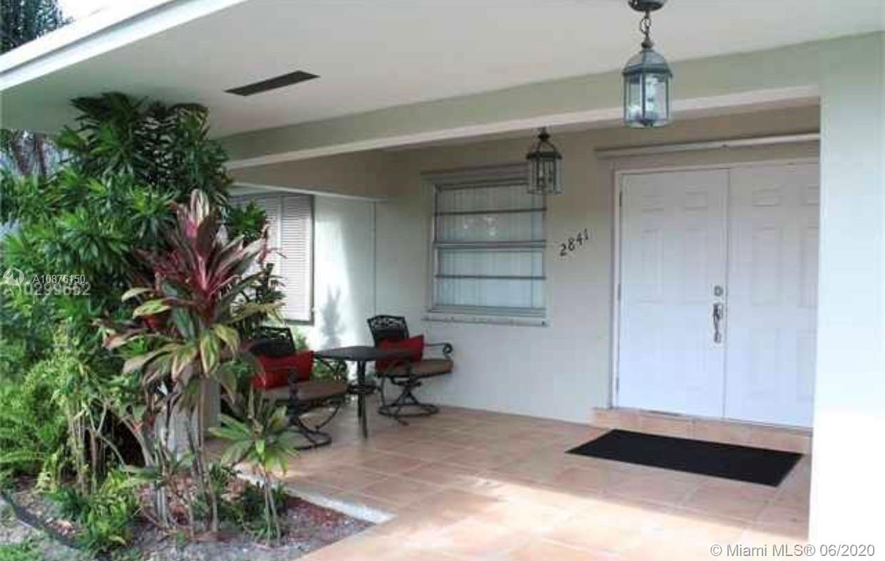 2841 SW 64th Ave  For Sale A10876150, FL