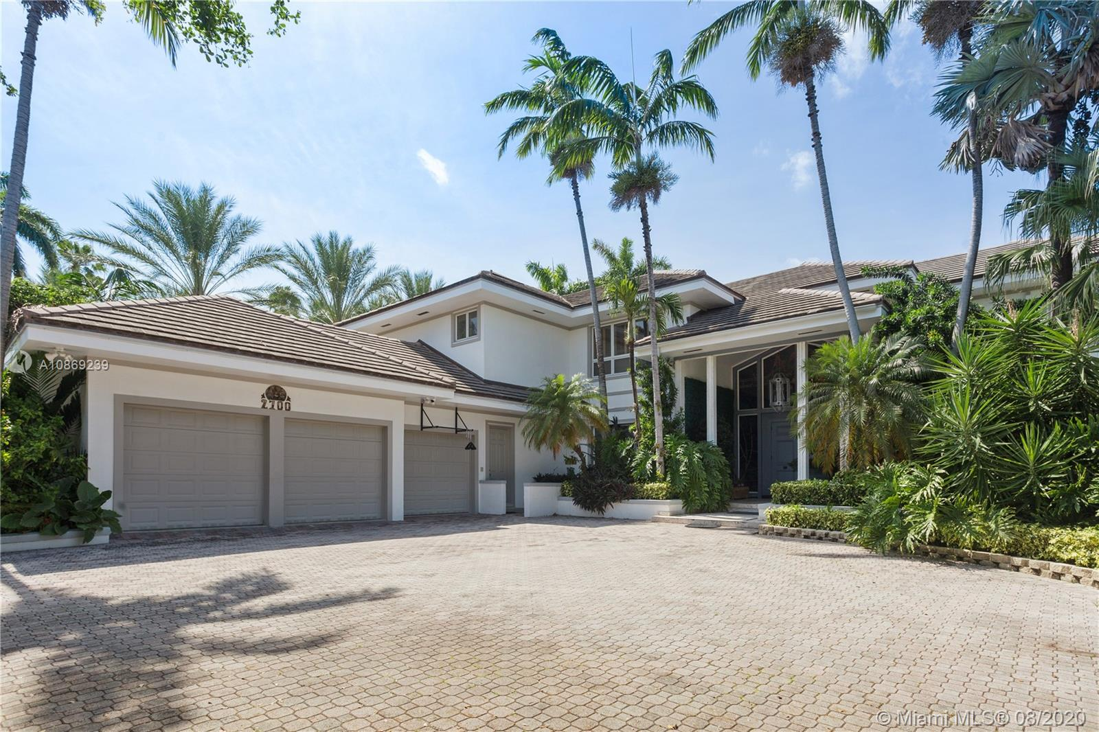 2700  Sunset Dr  For Sale A10869239, FL