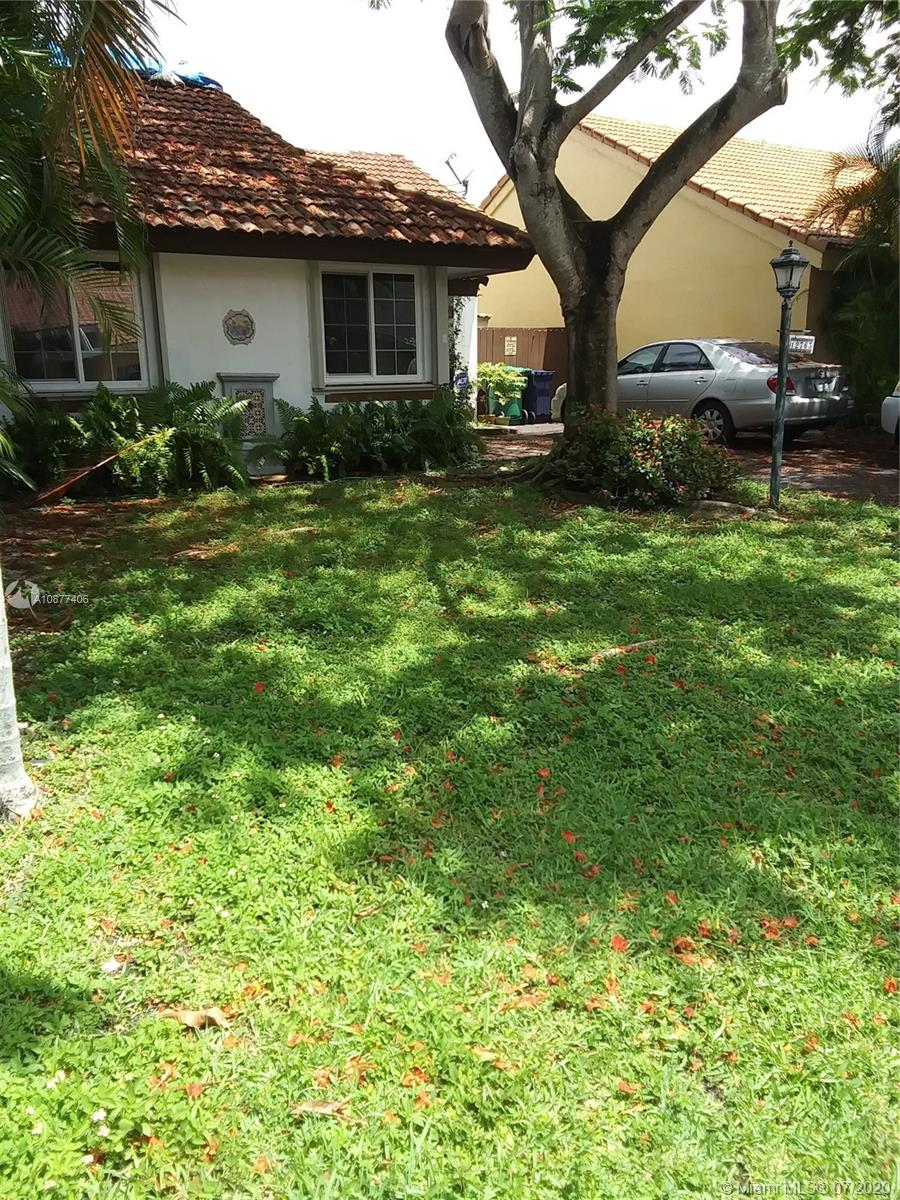 12763 SW 60th Ln  For Sale A10877406, FL