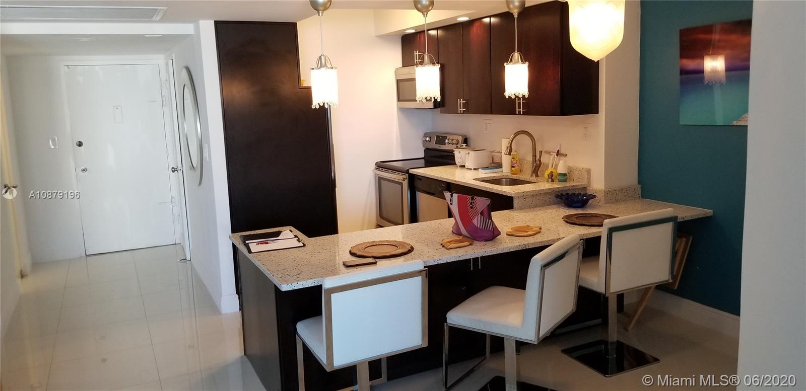 5401  Collins Ave #1115 For Sale A10879196, FL