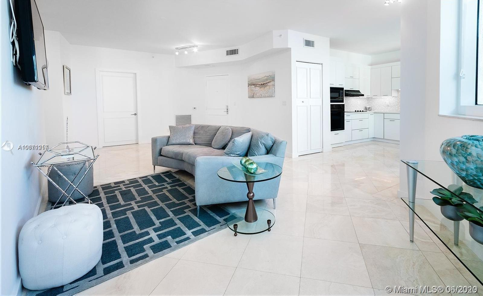 300 S Pointe Dr #909 For Sale A10879217, FL