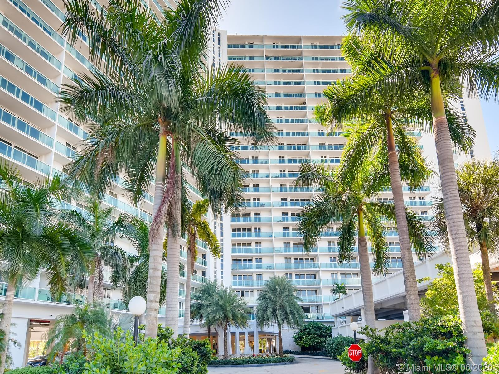 100  Bayview Dr #401 For Sale A10879020, FL