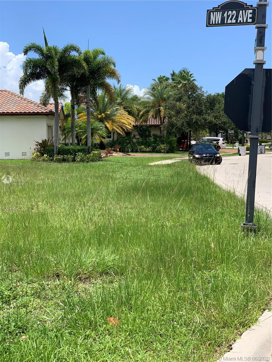12248 NW 69th Ct  For Sale A10879155, FL