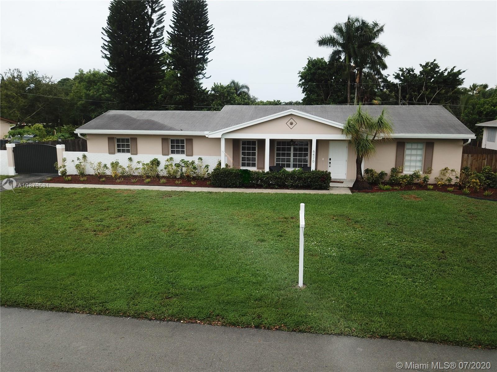 6470 SW 56th St  For Sale A10879581, FL