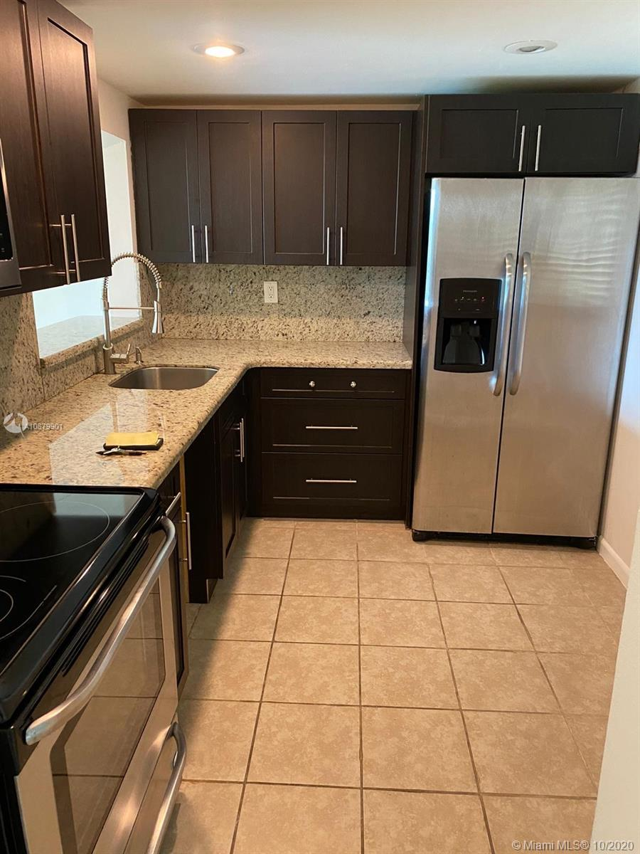 8005 SW 107th Ave #208 For Sale A10879901, FL