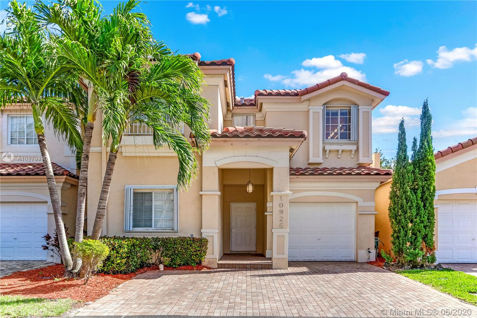 10926 NW 67th Ter #10926 For Sale A10879990, FL