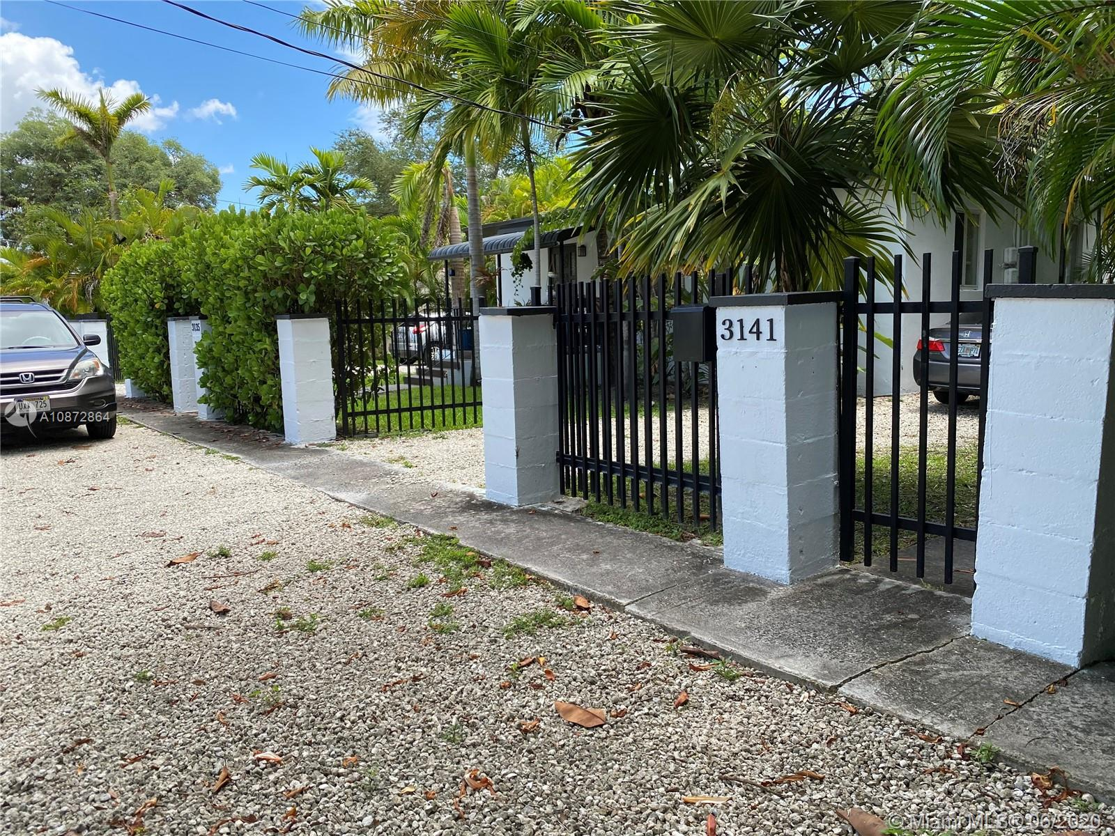 3141  Carter St  For Sale A10872864, FL
