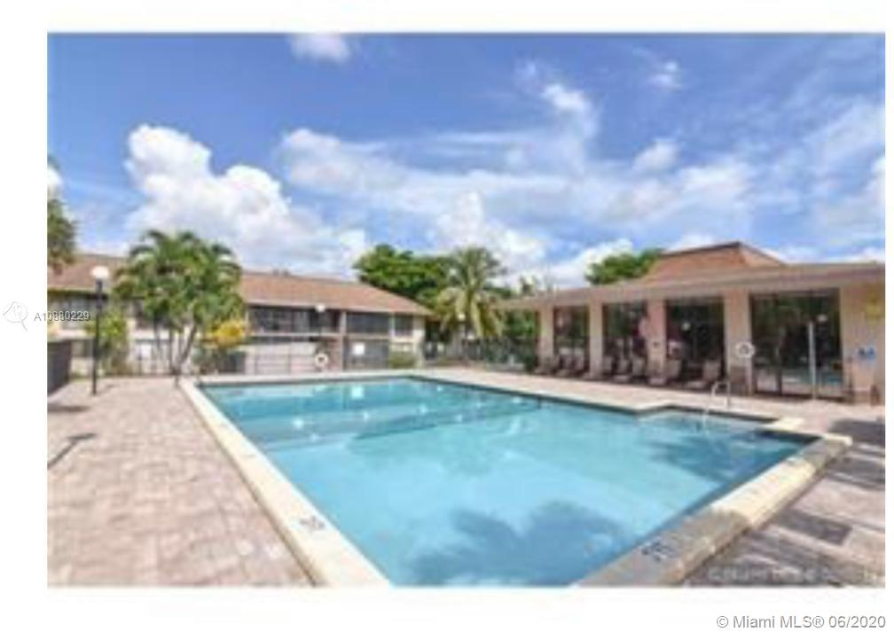 COMFORTABLE APARTMENT IN THE HEART OF HOLLYWOOD 2 BEDROOMS AND 1 BATH IN QUIET CONDO SECOND FLOOR IN TWO STORY BUILDING, ALL AGES, PET FRIENDLY. NEAR THE MOST IMPORTANT EXPRESSWAY TURNPIKE, I95, 441. WALKING TO ALDI, WALMART SUPERMARKETS, NEAR HARD ROCK CASINO 15 MINUTES FROM FT LAUDERDALE AIRPORT, 10 MINUTES FROM THE BEACH. MUST SEE...