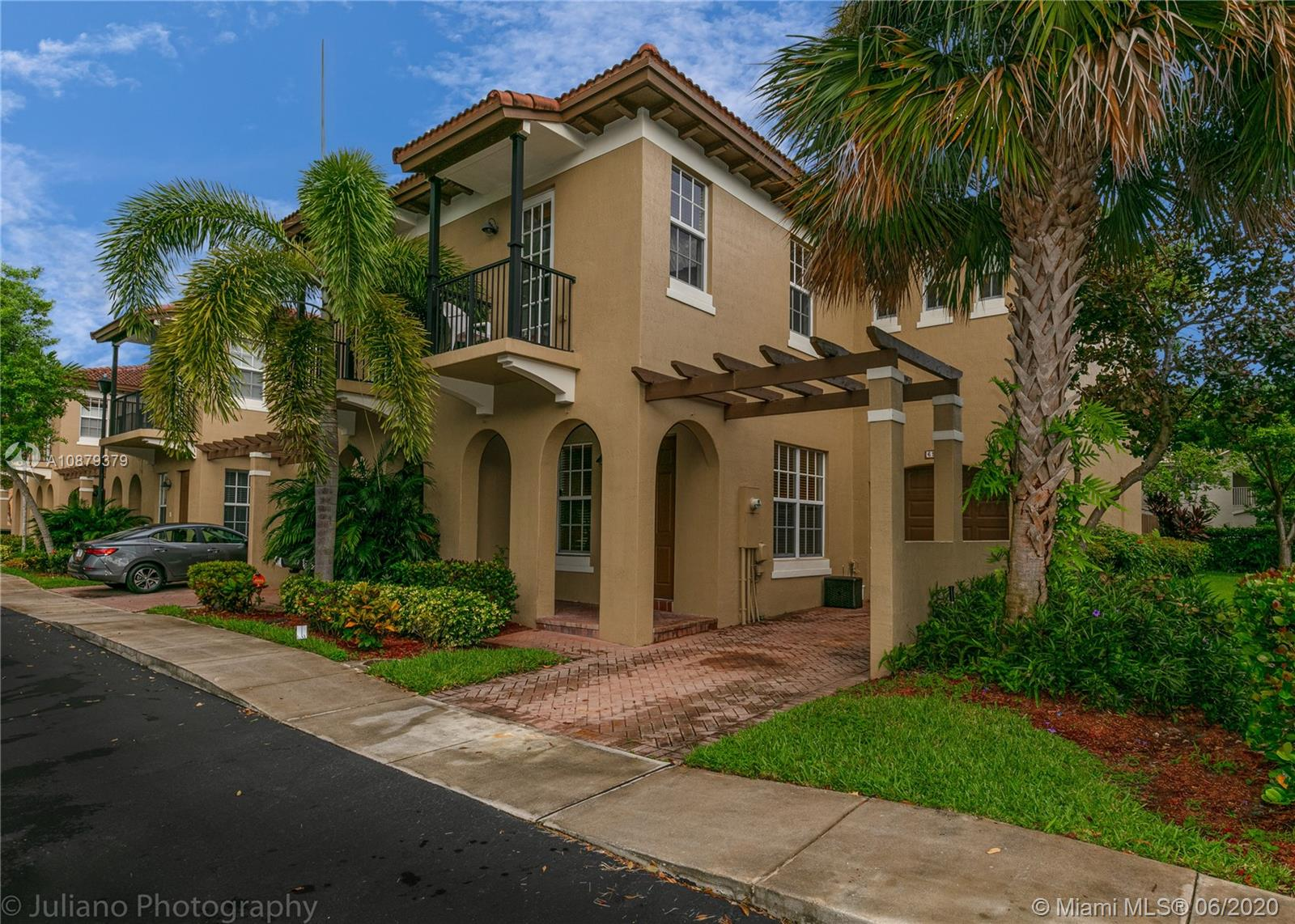 Stunning Mediterranean-style townhome, Gated Community with a lovely Pool and Children's Playground. Commuter's Dream, less than a Mile from Turnpike and 3 Miles from 95. Great Guest Bedrooms with Walk-in Closets, Master Bedroom with His/Her Walk-in Closets and Cozy balcony to enjoy your coffee in the Morning. New AC Unit (2019) and Amazing Washer/Dryer Set Located on the Second Floor. Gourmet Kitchen with granite Counters, and Dark Wood cabinets. Move in Ready. A+ Schools. Balance of Home Warranty's Included