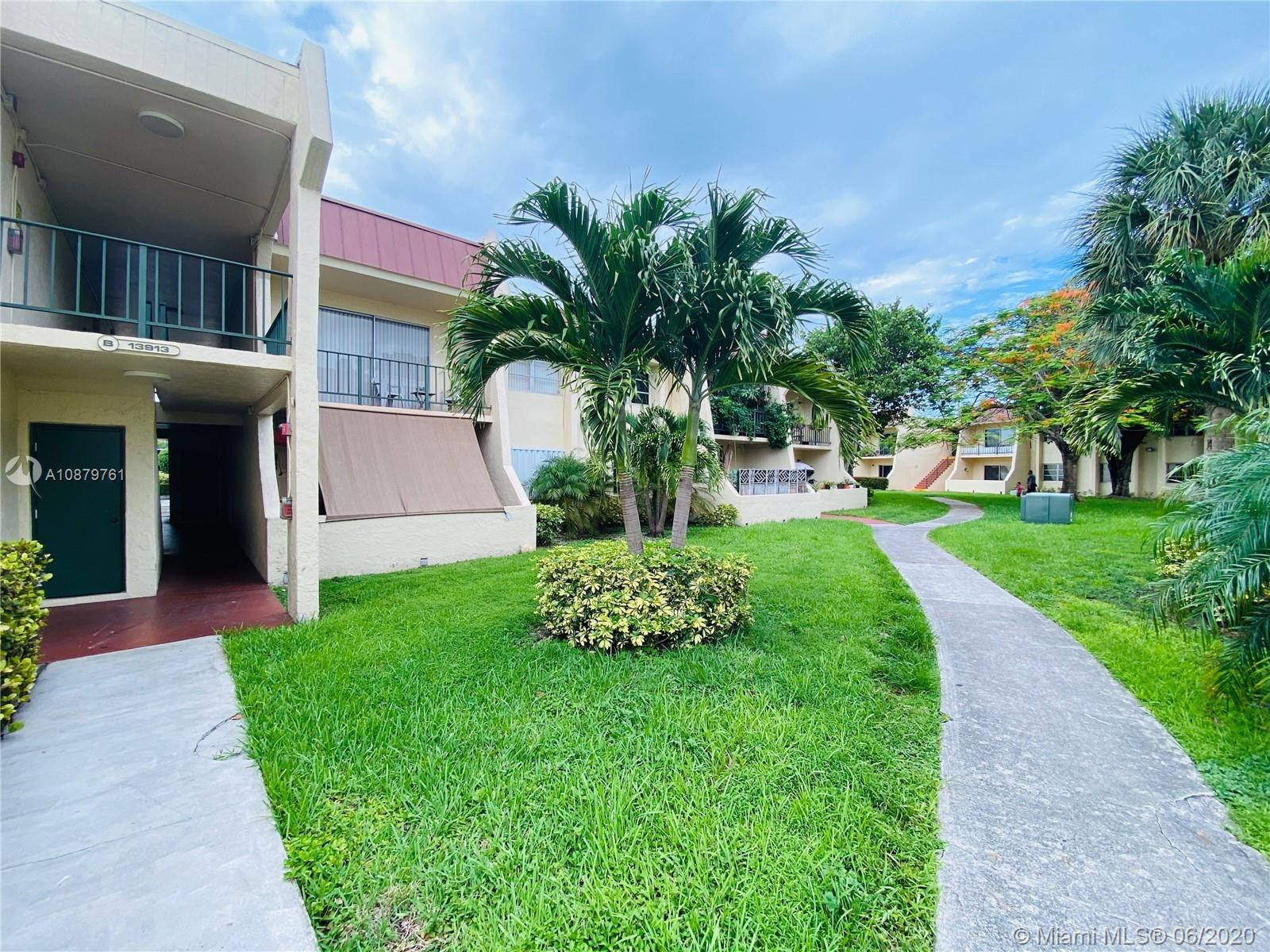 13913 SW 90th Ave #106B For Sale A10879761, FL