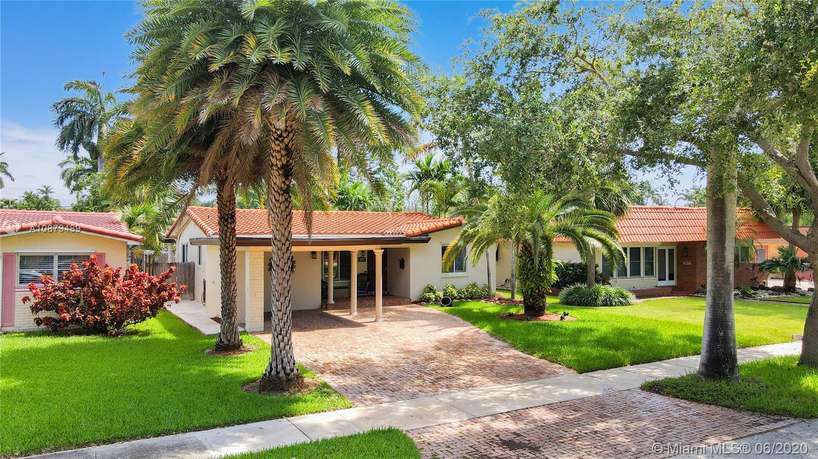 1313  Madison St  For Sale A10879489, FL