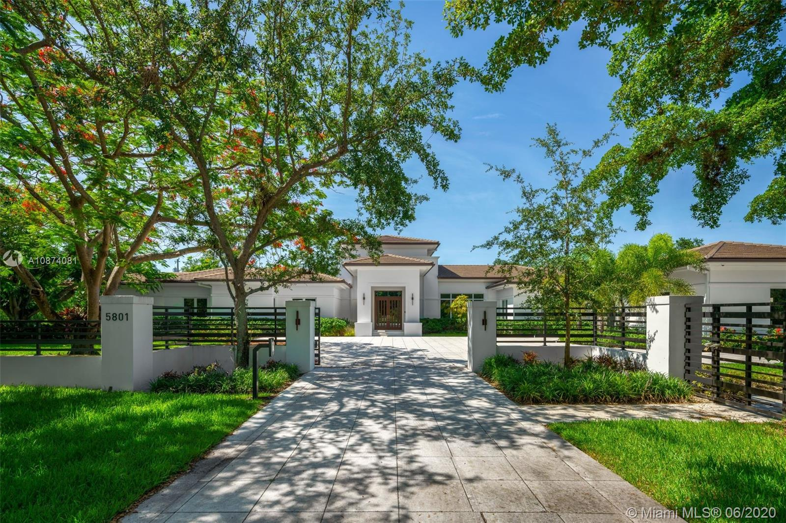 5801 SW 107th St  For Sale A10874081, FL