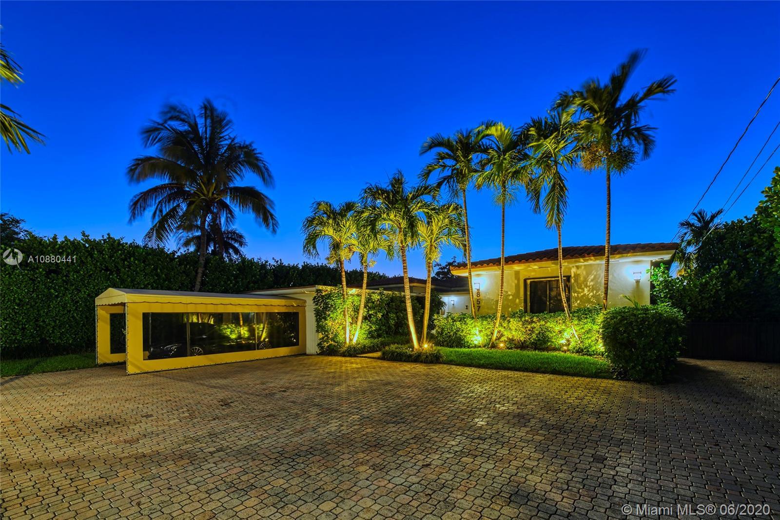 857 N Shore Dr  For Sale A10880441, FL