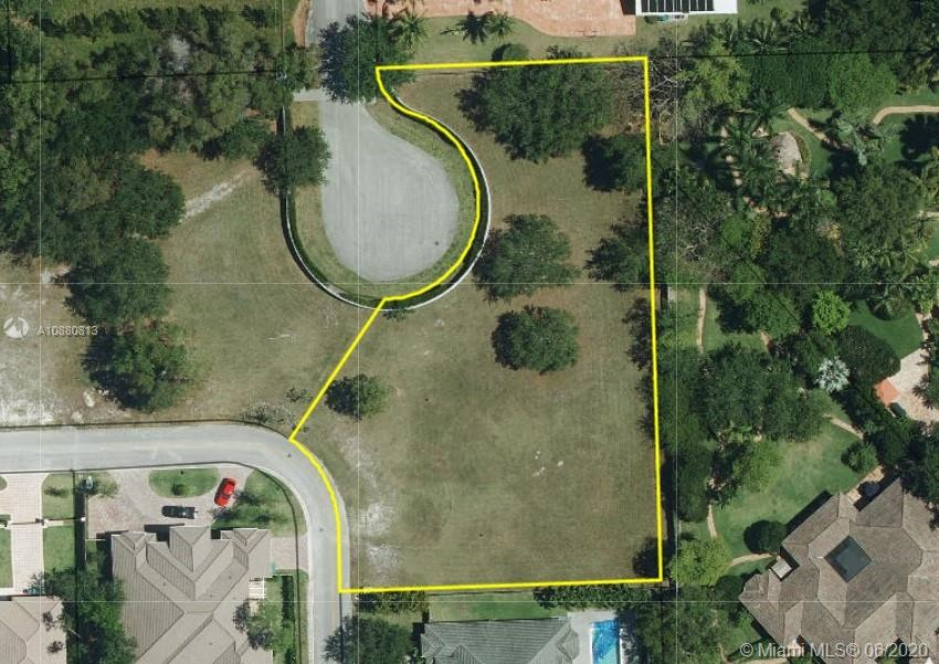 12301 SW 94th Ave  For Sale A10880813, FL
