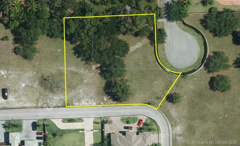 9401 SW 123rd St  For Sale A10880825, FL
