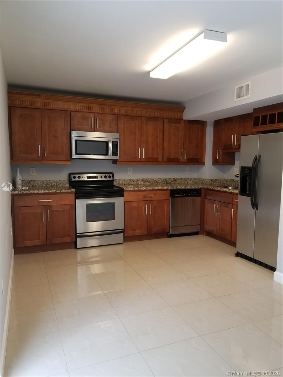 7860 SW 102 Ln  For Sale A10880409, FL