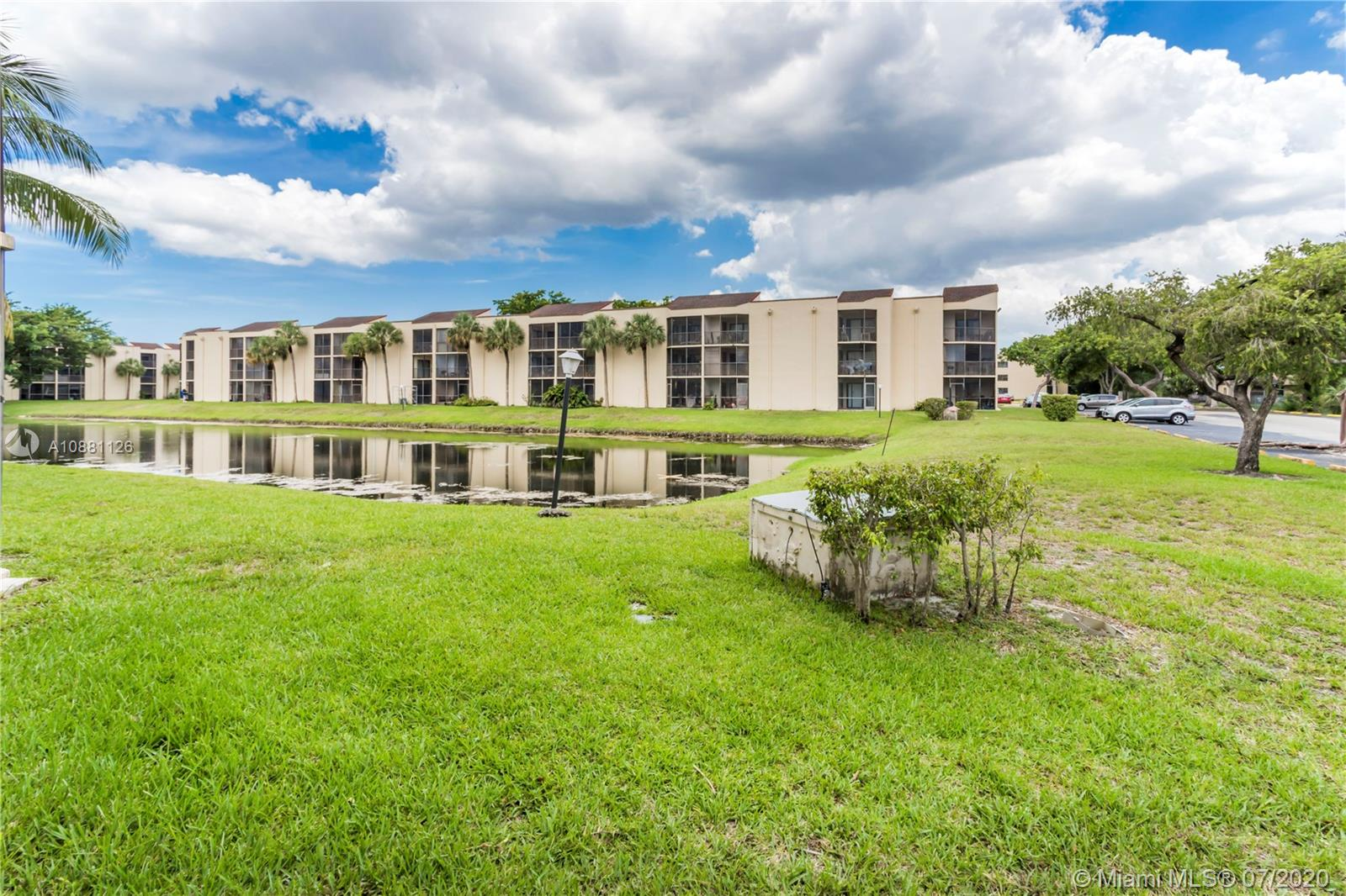 3199  Foxcroft Rd #115 For Sale A10881126, FL