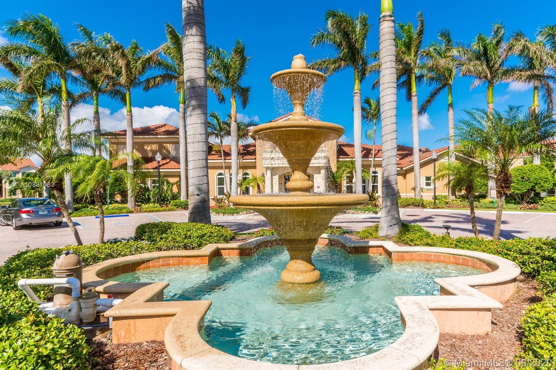 1323  Villa Ln #1323 For Sale A10881083, FL