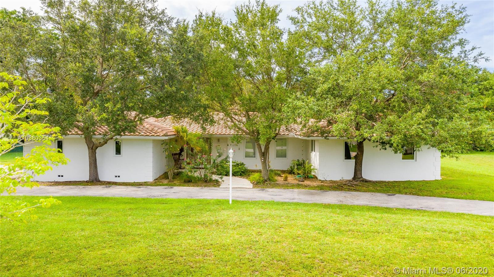 6795 SW 135th St  For Sale A10880354, FL