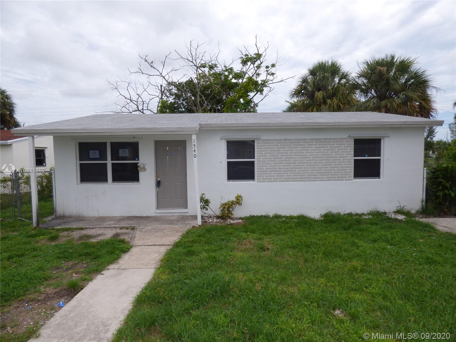 1540 W 10th St  For Sale A10881552, FL