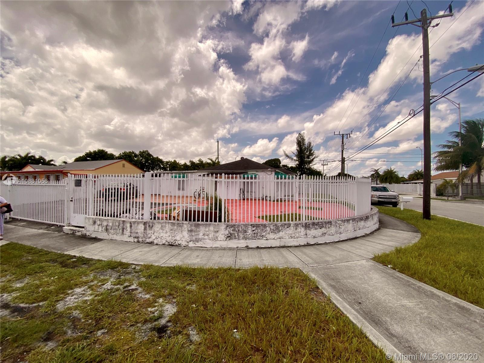 320 NE 7th Ave  For Sale A10881056, FL