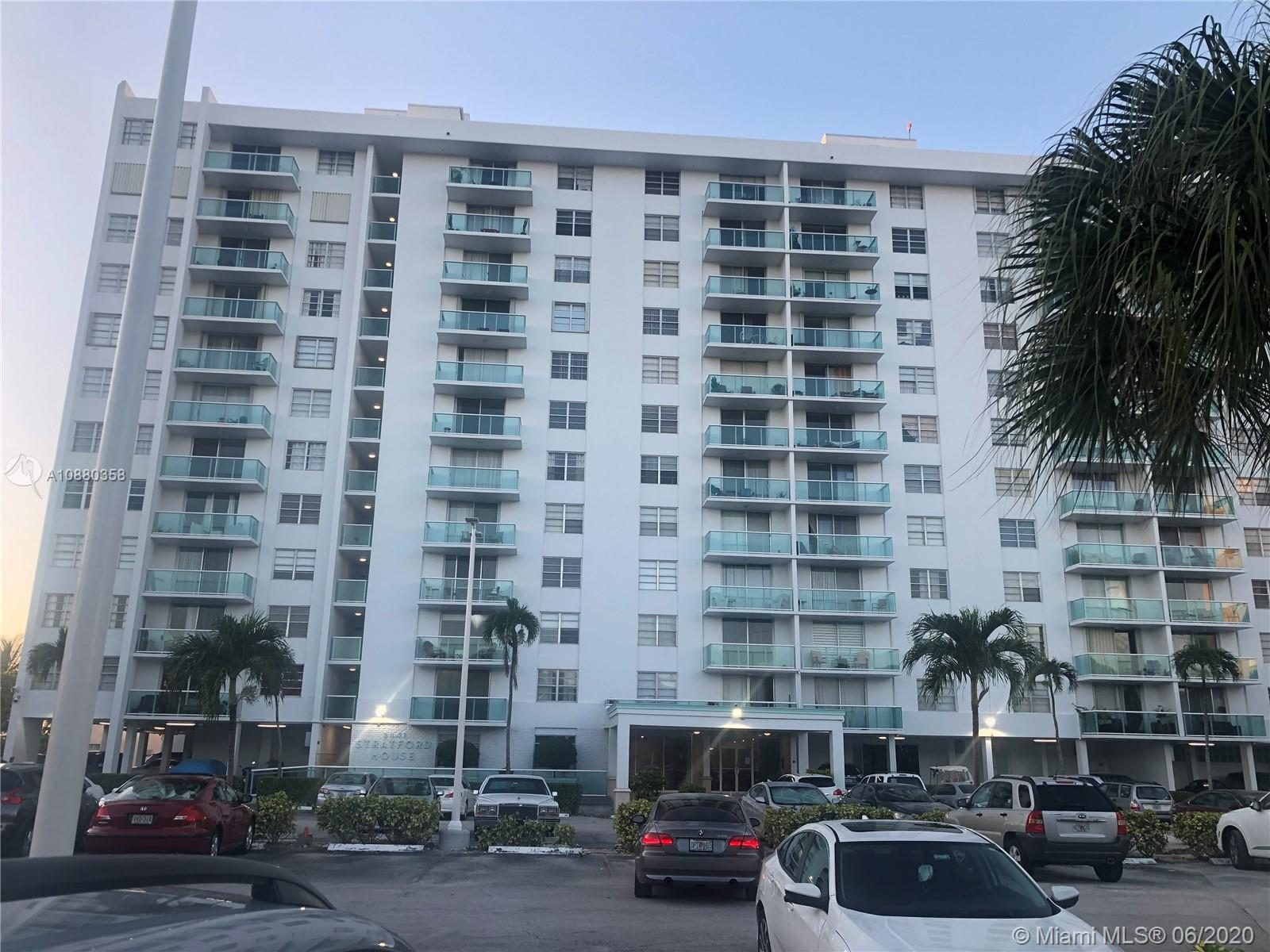 BEAUTIFUL AND PEACEFUL APARTMENT OVERLOOKING THE OLETA PARK. ONLY MINUTES AWAY FROM THE BEACH, AVENTURA MALL, THE NEW MAGNIFICENT GULFSTREAM PARK CASINO & RACING AS WELL AS FINE DINING ALL AROUND. CLOSE TO FIU NORTH. ENJOY CANOEING & BIKE RIDING AT OLETA PARK, OR AT THE POOL WITH ITS MAGNIFICENT TRANQUIL AND BEAUTIFUL VIEW OF THE WATER. KEYPAD SECURITY AND NIGHT GUARD, LAUNDRY ROOM & GREAT AMENITIES SUCH AS BILLIARD, GYM, SAUNA. GREAT LOCATION!!!