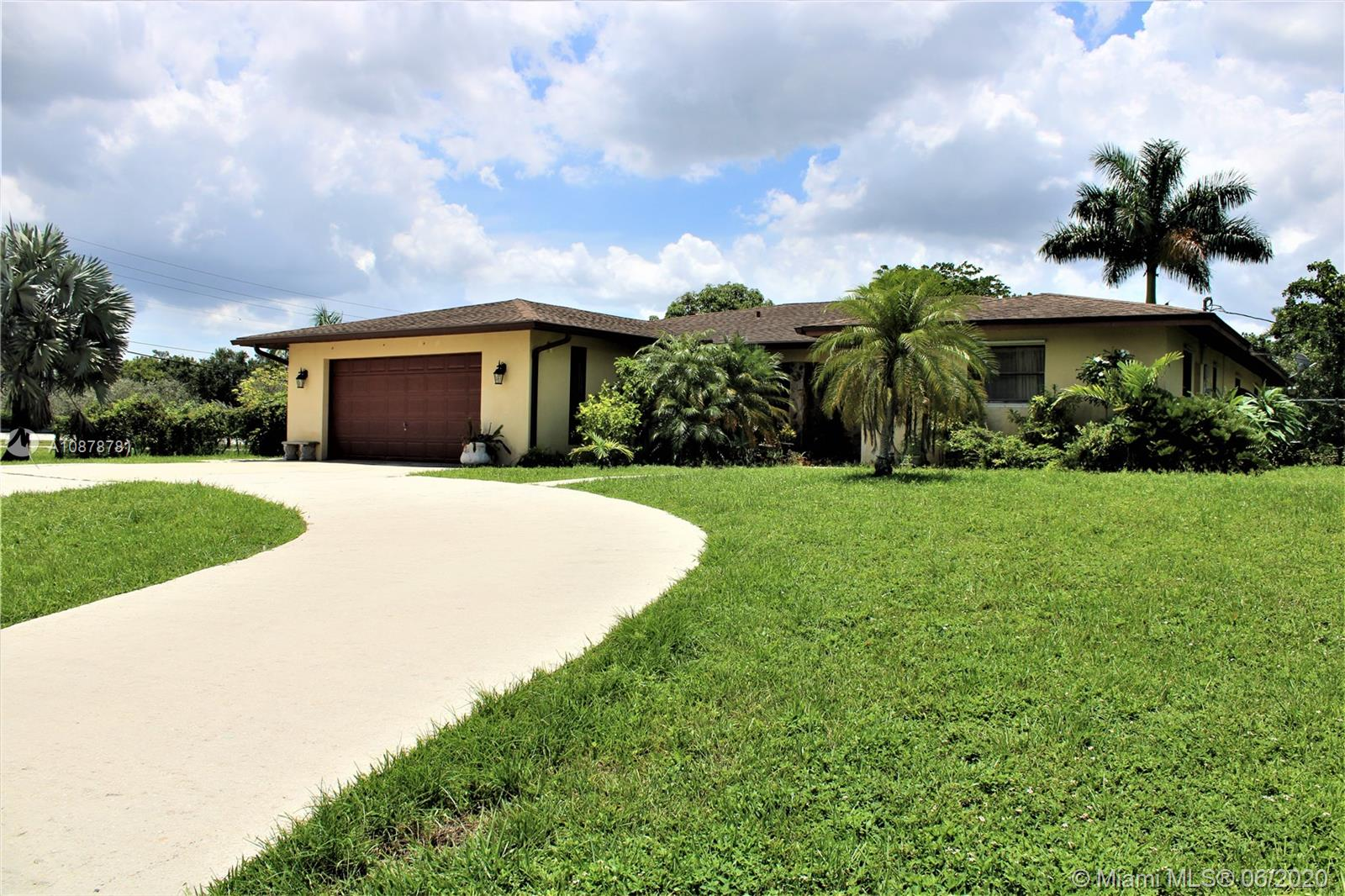10600 SW 47th St  For Sale A10878781, FL